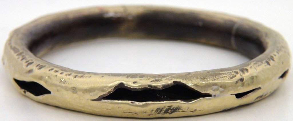 bracelet-rolled-brass-bracelet.jpg