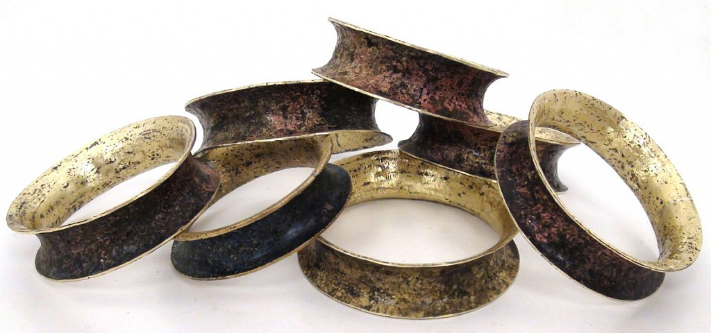 bracelet-brass-patinaed-bracelet-B.jpg