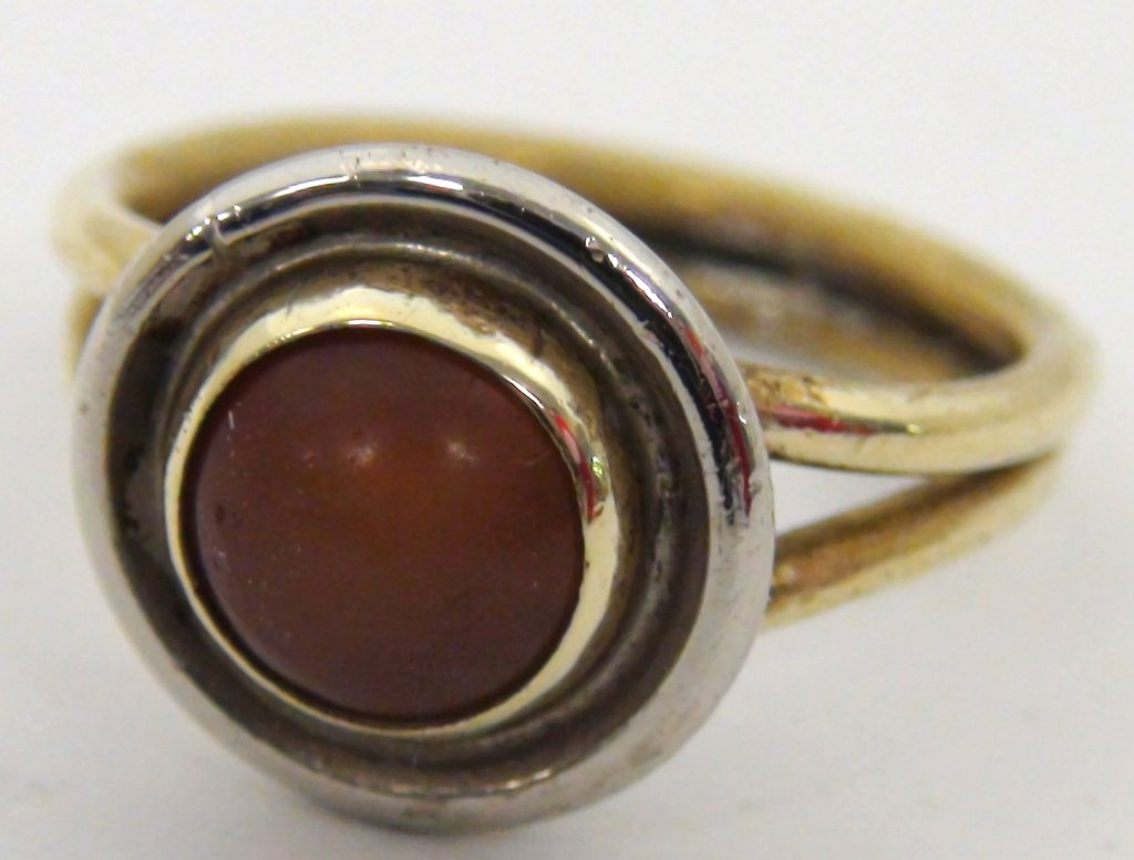 Red Stone Ringone
