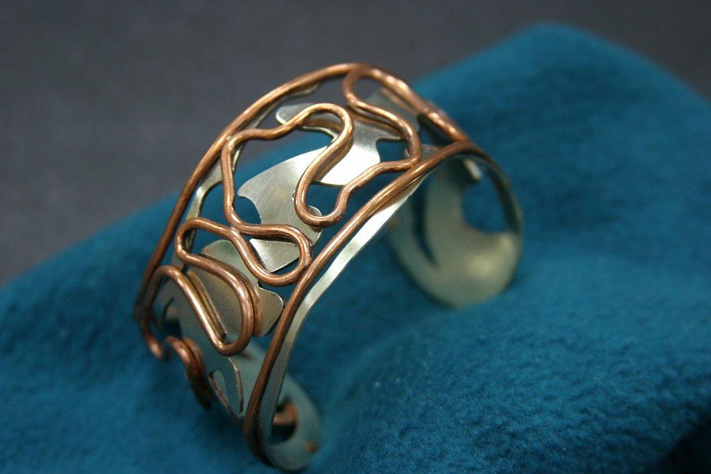 bracelet-wire-and-plate-bracelet.jpg