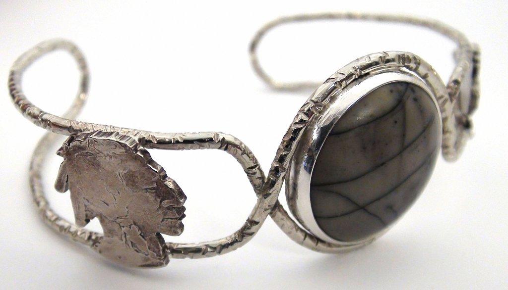 Bufalo Nickel Bracelet heads view
