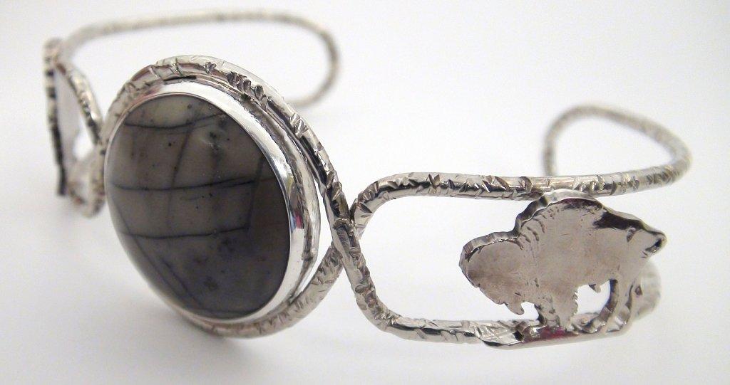Bufalo Nickel Bracelet tales view